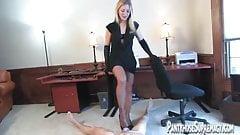 Mistress Dia Zerva pantyhose clad Dominatrix